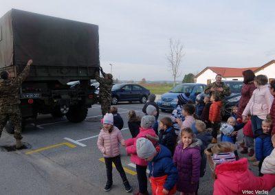 Vojaki na obisku - Vrtec Veržej 37