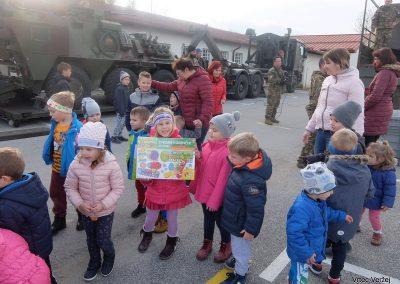 Vojaki na obisku - Vrtec Veržej 42